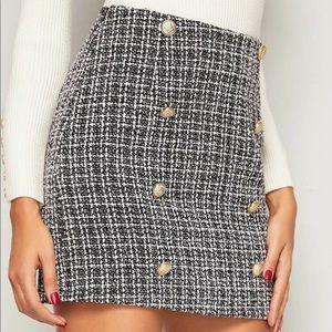 Tweed gold button skirt black white knit
